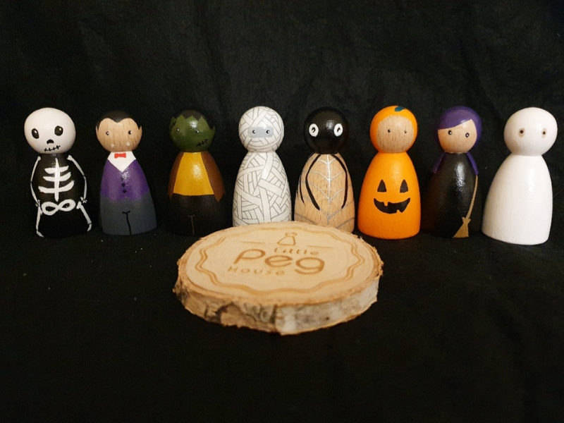 halloween peg dolls for kids bedrooms